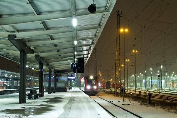Auf Gleis 22 steht ein 646er bereit zur Fahrt nach Birkenwerder.
